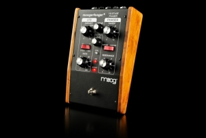 MOOG MF-103 12-Stage Phaser